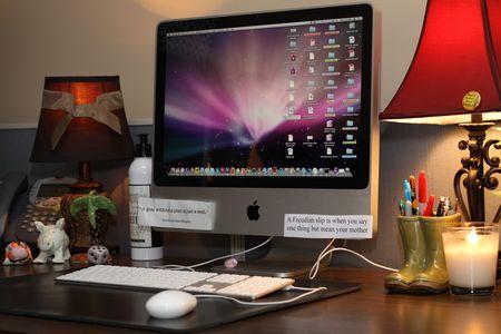Donna's Desk(2)